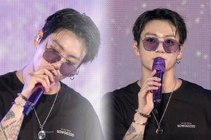 Fan 'xỉu lên xỉu xuống' với hình tượng badboy của em út Jongkook (BTS)
