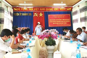 Ông Hà Quốc Trị - Phó Bí thư Tỉnh ủy: Khánh Sơn cần làm tốt hơn nữa công tác phát triển đảng, đoàn thể trong doanh nghiệp tư nhân