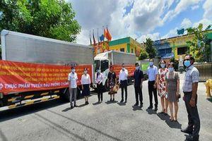 TP. Hồ Chí Minh: Hơn 1,3 tỷ đồng hàng hóa, thực phẩm ủng hộ tuyến đầu chống dịch