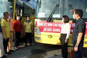 Lào Cai đón hơn 170 lao động về từ 'tâm dịch' Bắc Giang