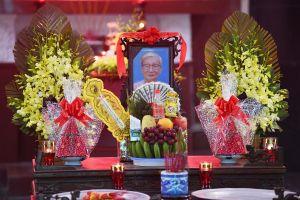 Tiễn đưa nhà văn Nguyễn Xuân Khánh về nơi an nghỉ cuối cùng