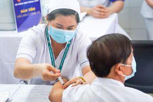 Thành phố Hồ Chí Minh đề xuất được chủ động tìm mua vắc xin phòng dịch Covid-19