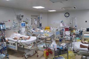 Bộ Y tế: TPHCM tập trung tối đa nguồn lực điều trị, chăm sóc toàn diện người bệnh COVID-19