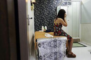Singapore đóng cửa 20 tiệm massage sai phạm trong chống dịch