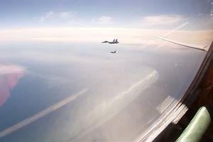 4 F-35, Gripen và F-16 áp sát Tu-160 trên biển Baltic