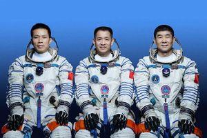Ngày mai, tàu Thần Châu 12 sẽ đưa ba phi hành gia lên trạm không gian Thiên Cung