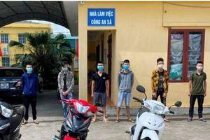 'Bốc đầu' xe máy, 8 thanh thiếu niên ở Nam Sách bị phạt
