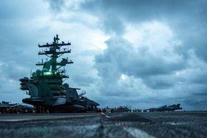 Tàu sân bay Mỹ, Trung Quốc vừa đụng mặt nhau trên biển Đông