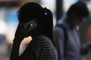 Nữ sinh mất hơn 800 triệu đồng sau cú điện thoại với CSGT 'dởm'