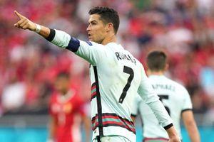 Ronaldo lập nên hàng loạt kỷ lục tại EURO
