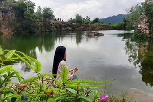 Xanh biếc hồ Tà Pạ - 'tuyệt tình cốc' của miền Tây