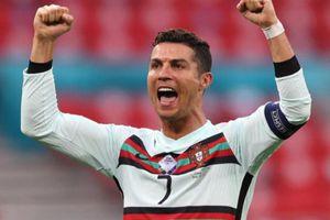 EURO 2020: 10 phút ghi ba bàn, Bồ Đào Nha 'thổi bay' Hungary