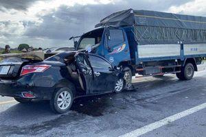 Ai phải bồi thường vụ xe con đâm xe tải làm 3 người chết?