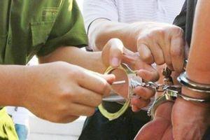 Bắt tạm giam Giám đốc Bệnh viện GTVT Yên Bái