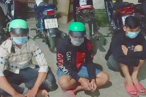 Vĩnh Long: Chặn bắt 50 thanh niên tụ tập đua xe náo loạn trong đêm