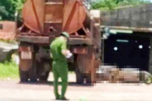 Nghệ An: Sau va chạm giữa xe bồn và xe máy, 1 người tử vong
