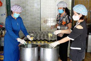 Bắc Giang: Chi hội phụ nữ Tổ dân phố 2 Thị trấn Bích Động (Việt Yên) chung tay ủng hộ phòng, chống dịch Covid-19