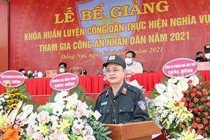 Bế giảng khóa huấn luyện chiến sỹ nghĩa vụ tham gia CAND
