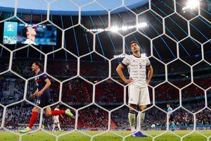 Những khoảnh khắc trớ trêu trong trận Đức 0-1 Pháp