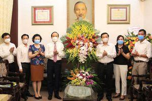 Phó Bí thư Thành ủy Nguyễn Ngọc Tuấn thăm, chúc mừng Báo Hànôịmới và các cơ quan báo chí