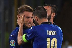 Tuyển Italy giành vé đầu tiên vào vòng knock-out Euro 2020