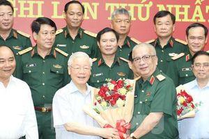 Tổng Bí thư, Chủ tịch nước và Thủ tướng tham gia Thường vụ Quân ủy Trung ương
