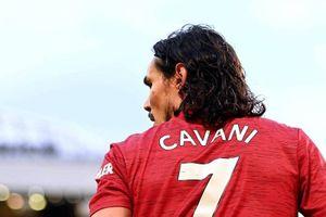 Cavani nhường số 7 MU cho Sancho, Van de Beek đến Barca