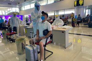 Hà Nội xét nghiệm ngẫu nhiên người từ TP.HCM về qua sân bay Nội Bài