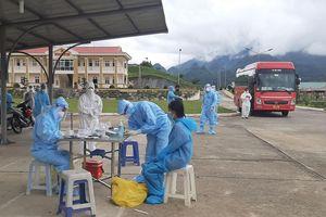Lai Châu tiếp nhận công dân từ Bắc Giang về cách ly tập trung
