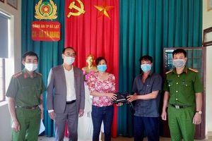 Lâm Đồng: Nhặt được số tiền lớn trả lại cho người đánh rơi