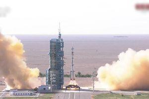 Trung Quốc phóng thành công tàu vũ trụ đưa 3 phi hành gia lên không gian sống 3 tháng