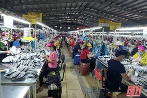 Chủ tịch UBND tỉnh đề nghị các tổ chức tín dụng triển khai các biện pháp hỗ trợ, tháo gỡ khó khăn cho người dân, doanh nghiệp khôi phục hoạt động sản xuất kinh doanh