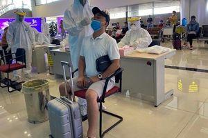 Hà Nội: Xét nghiệm nhanh SARS-CoV- 2 cho hành khách từ TP.HCM đến sân bay Nội Bài