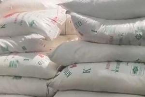 41 tấn đường lậu lọt qua chốt phòng dịch