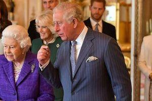 'Meghan đã chia sẻ ảnh Lilibet trong nhóm chat hoàng gia'