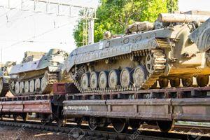 Ấn Độ thử nghiệm đoàn tàu vận tải vũ khí hạng nặng mới