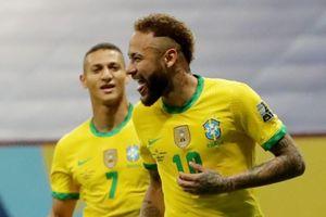 Brazil vs Peru: Neymar dẫn dắt hàng công