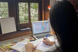 Học sinh lớp 12 ở TP Lào Cai tạm dừng đến trường do dịch Covid-19