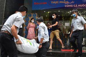 Nhiều doanh nghiệp đồng hành với chương trình của Báo Người Lao Động