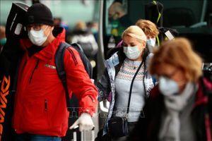 Từ ngày 26/6, người dân Tây Ban Nha không bắt buộc đeo khẩu trang ngoài trời