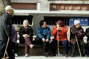 Thế giới ngày càng già, chỉ hơn 30% dân số dưới 20 tuổi