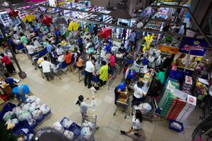 TP.HCM tìm người tới siêu thị Co.op Mart ở quận 10
