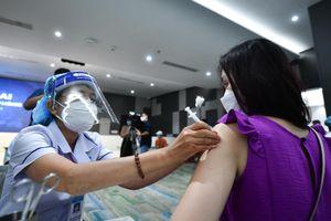 Làm sao để chiến dịch tiêm chủng tại TP.HCM thành công?
