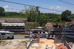 Bị phóng điện từ đường dây cao áp, 3 người bỏng nặng
