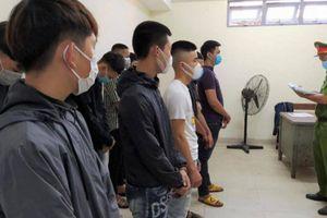 Khởi tố nhóm 18 thiếu niên náo loạn Đà Nẵng, mang hung khí chém nhầm người
