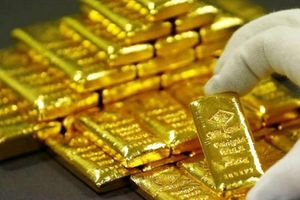 Giá vàng SJC cao hơn giá thế giới 7,6 triệu đồng/lượng