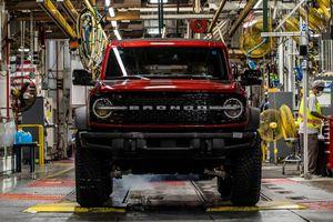 Huyền thoại Ford Bronco cuối cùng cũng lên dây chuyền sản xuất