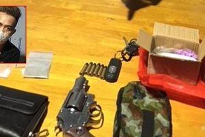 Bắt đối tượng 'thủ' súng đi giao ma túy ở Tây Ninh