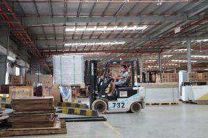 'Ăn, ngủ, làm việc tại nhà máy', doanh nghiệp và công nhân Bắc Ninh nói gì?