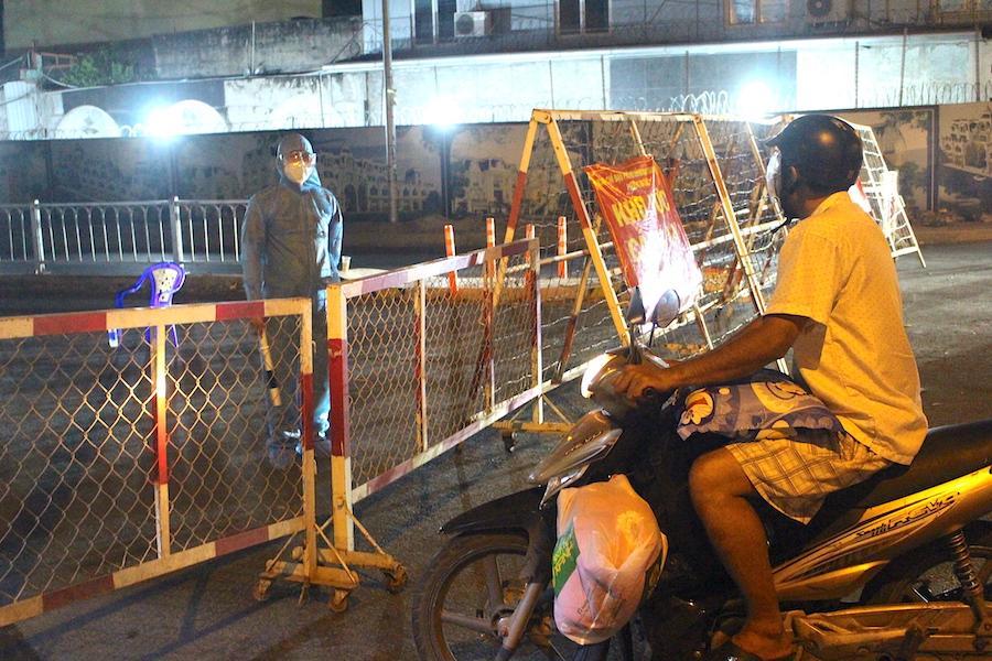 Những ai được ra, vào khu phong tỏa ở quận Bình Tân, TP.HCM?